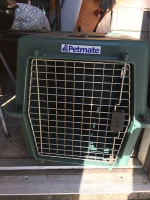 Petmate dog crate for Sale in Grove City, OH