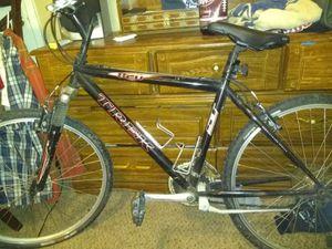 "TREK 820, 18"" bicycle, 21 speed for Sale in Dallas, TX"