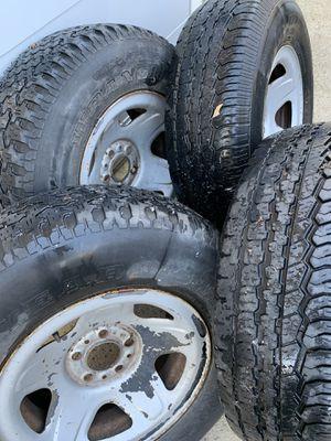 Vendo unas llantas para una ford truck size 15 $300 mejor oferta for Sale in Anaheim, CA