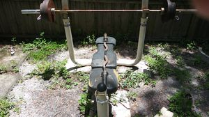 Used (normal wear) olympic bench set in good shape and condition just need gone please its (urgent) for Sale in Pinellas Park, FL