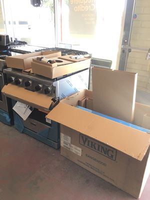 New Viking Professional Appliance Set for Sale in Calabasas, CA