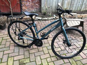 Breezer Discovery I Woman's Flat Road Bike Turquoise for Sale in Pittsburgh, PA