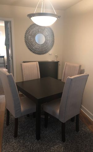 Dining Area Set for Sale in Alexandria, VA