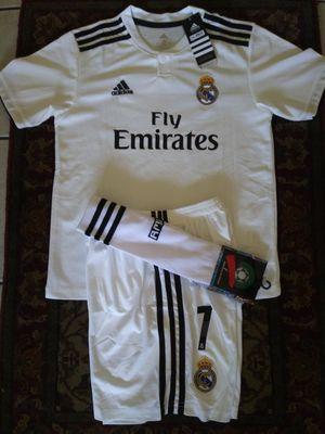 Kids set Club Réal Madrid Home Ronaldo # 7 Unisex Size 24(8-9 Años) 26(10-11 Años) 28 (12-14 Años) for Sale in Phoenix, AZ