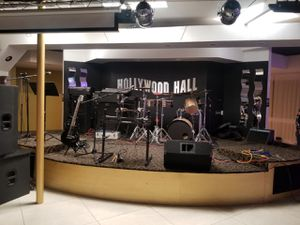 Grupo musical para bailar en vivo for Sale in Pomona, CA
