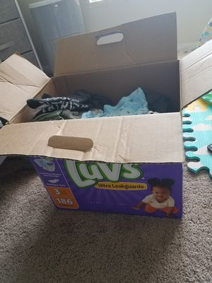 Box of gently used baby boy clothes for Sale in Boynton Beach, FL