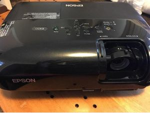 Epson EX50 Projector Use for Home Theater or Office - Clean and Bright for Sale in Lutz, FL