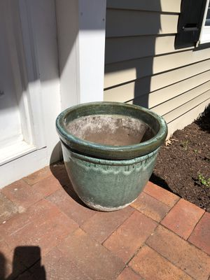 Flower Pot for Sale in Vienna, VA