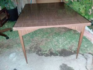 Mid Century table for Sale in San Gabriel, CA
