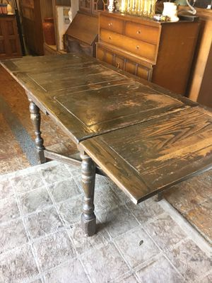 Antique vintage English pub dining kitchen table for Sale in San Diego, CA