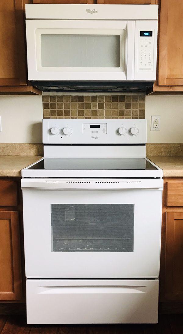 Kitchen appliances full set (Whirlpool)