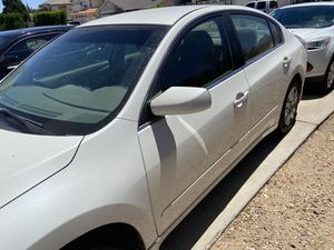 Nissan Altima for Sale in Victorville, CA