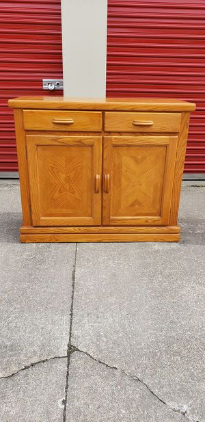 Wood Golden Oak Buffet Server for Sale in Lorain, OH
