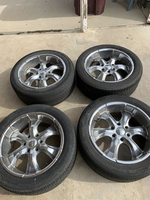 Goodyear p275/45r20 tires with Rims for Sale in Riverside, CA