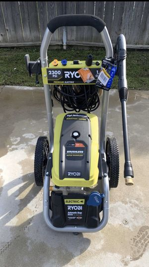 2,300 PSI 1.2 GPM High Performance Electric Pressure Washer for Sale in Lamont, CA