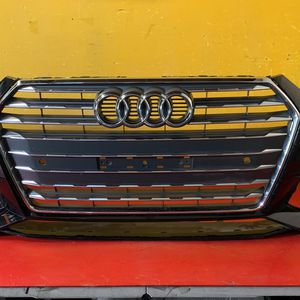 2017-2019 AUDI A4 S LINE FRONT BUMPER COVER W/GRILLES OEM for Sale in Los Angeles, CA
