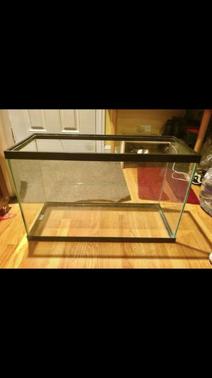 20 gallon fish tank for Sale in Chicago, IL