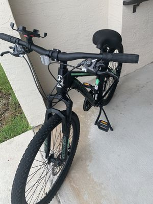 Schwinn mountain- bike 26-front and back Disc. 21 Speed for Sale in Fort Lauderdale, FL