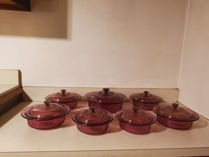 Pyrex baking dishes ...7 with lids for Sale in Bensenville, IL