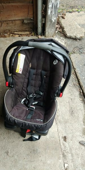 Car seat for Sale in Crawfordsville, IN