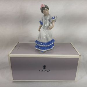 Lladro Juanita Flamenco Dancer Girl Blue 05193 Cute Flower Spain New Old Stock for Sale in Chambersburg, PA
