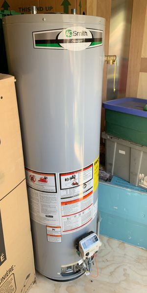 AO smith water heater 40 gallon natural gas for Sale in Modesto, CA