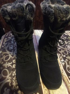 New NORTH FACE women winter boots for Sale in Kingsburg, CA