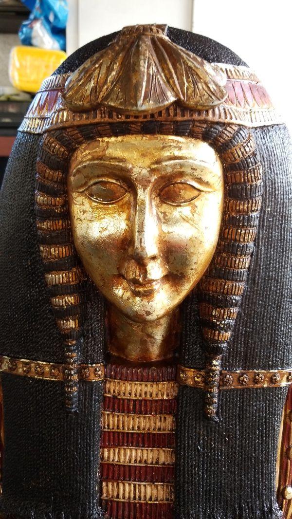 Joyero sarcofago 4' de alto