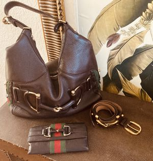 Gucci heritage horsebit classic stripe set, purse, belt and wallet for Sale in Lutz, FL