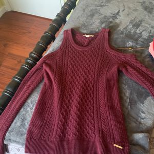 Michael Kors long sleeve size M for Sale in Stockton, CA