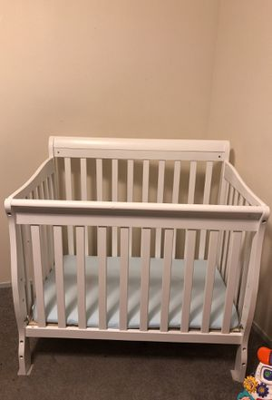 White Baby Crib for Sale in Portland, OR