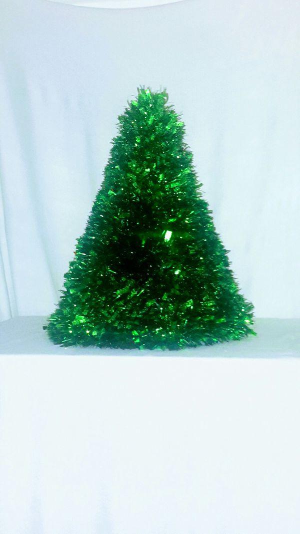 Pre-lit mini Christmas tree