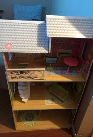 Doll house for Sale in Hesperia, CA