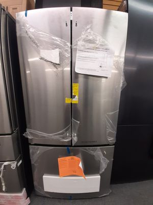 """Refrigerator nevera 33"""" for Sale in Kissimmee, FL"""