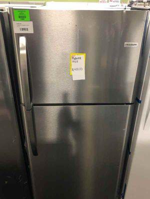 Frigidaire Top Freezer Refrigerator 💲 RPIN for Sale in Haltom City, TX
