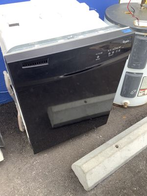 Affordable Pre Owned Black Whirlpool Home kitchen Dishwasher Appliance for Sale in Tampa, FL
