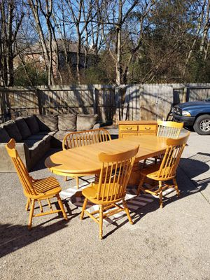Solid Oak Dining Room Table and 4 Chairs. for Sale in Nashville, TN