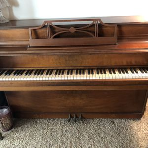 Upright Piano for Sale in San Marcos, CA