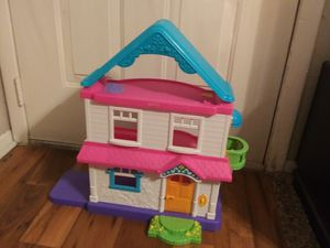 Fisher price doll house for Sale in San Marcos, TX