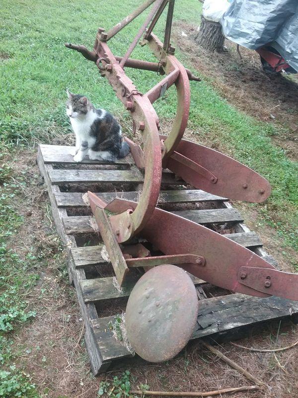 Ferguson farm plow 2 blade
