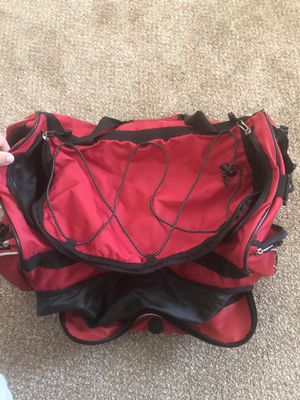 Red duffle bag for Sale in Phoenix, AZ
