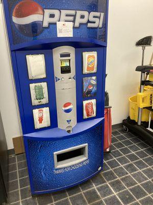 Pespsi Vendo 621 vending machine for Sale in Franklin Township, NJ