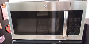 GE Stainless Microwave for Sale in Seminole, FL