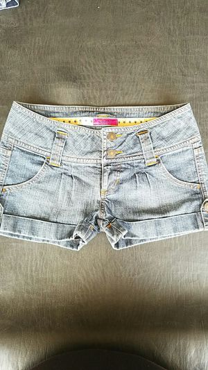 Jean Shorts Personal Identity Size 1 EUC for Sale in Anaheim, CA