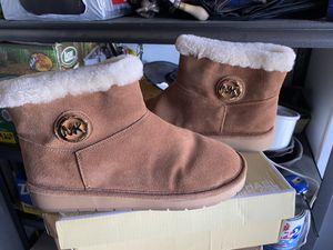 Michael Kors Boots for Sale in Rancho Cucamonga, CA