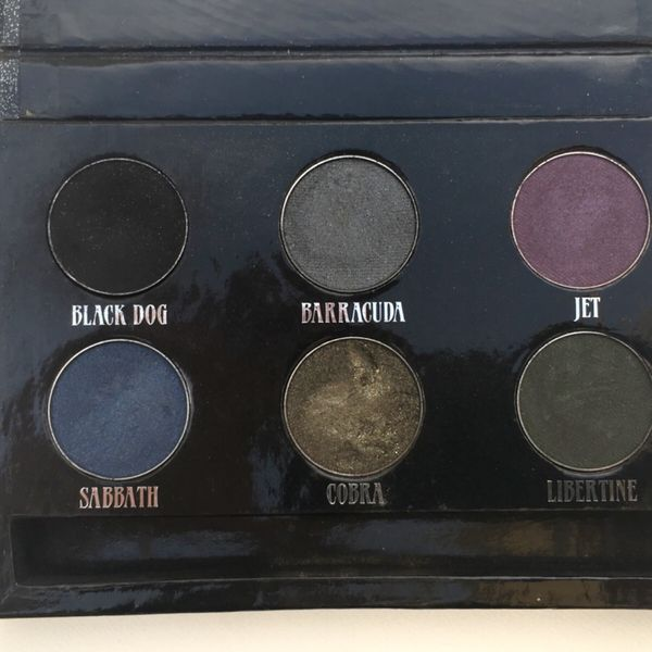 FREE WITH ANY PURCHASE Authentic Urban Decay Eyeshadow The Black Palette