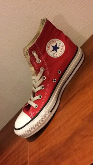 Red Converse Size8 for Sale in Dallas, TX