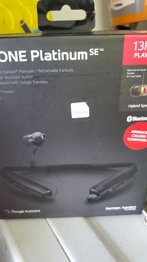 LG retractable headphones for Sale in Bokeelia, FL
