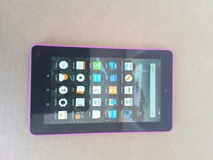 Tablet amazon Kindle fire hd-7 8gb 5th generation for Sale in Orlando, FL