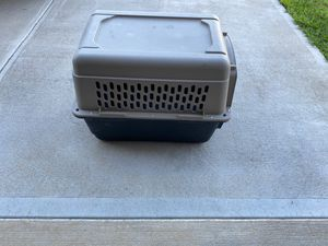 Dog kennel large 30 x 20 for Sale in Zebulon, NC